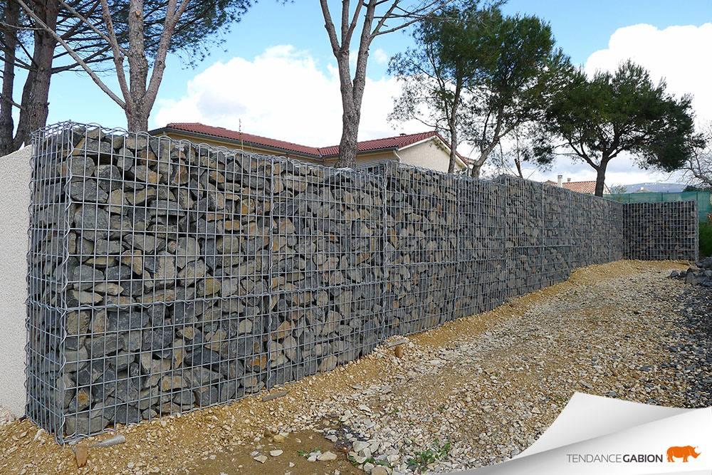Muret décoratif en gabion drôme