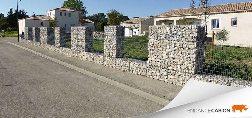 Tendance Gabion, clôture en gabion avec alternance gabions pleins/grilles seules