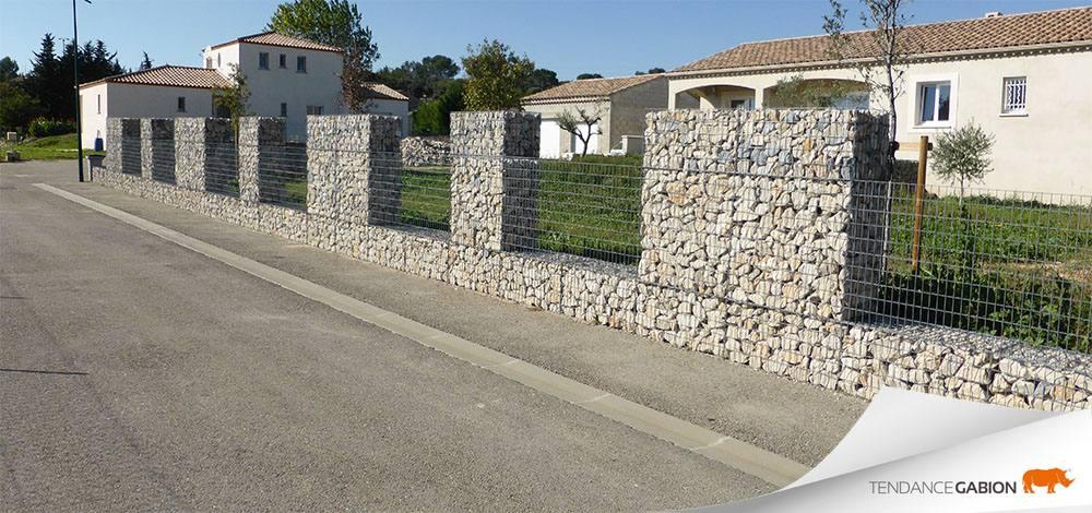 Muret de clôture en gabion Gard