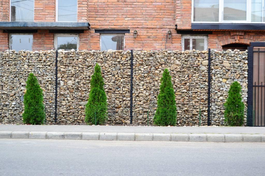 Mur de clôture en Gabion, une installation solide et pérenne - Tendance Gabion